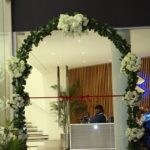 showroom entrance decor, arch decor
