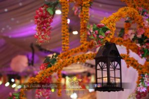 hanging lantern, fancy lantern, fresh and imported flowers