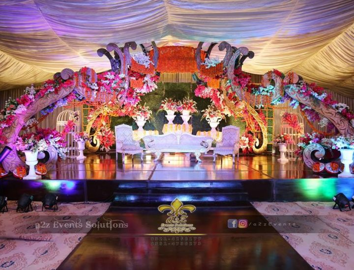 grand stage, mehndi stage