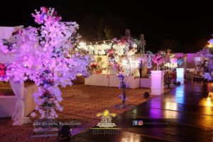 thematic wedding designers, maple leaves decor