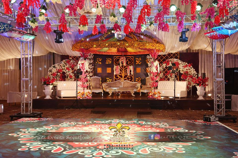 dome stage, mehndi stage, dance floor, hanging garden