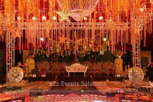 grand mehndi setup, four sided truss, hanging garden, mehndi decor