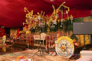 grand mehndi stage, stage decor experts, wedding stages designers, mehndi stage decor experts