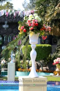 decor items, wedding decor