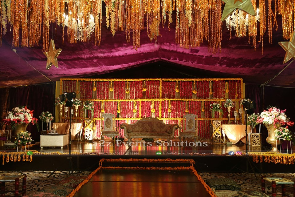 mehndi stage, stage decor experts, stages designers in lahore, wedding stage