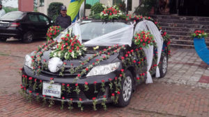 vip car decor, wedding car decorators