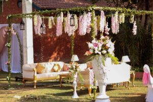 fresh and imported flowers decor, hanging garden, western style gazebo